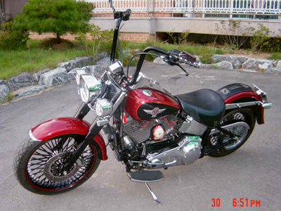 Softail Heritage with Black HCC 14 inch Ape Hangers