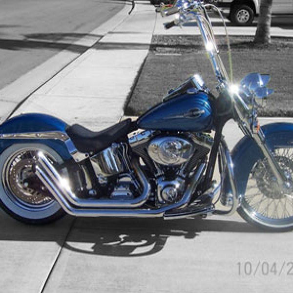 Softail deluxe with 20 inch chrome HCC Apes